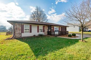 22 Holden Rd, Columbia City, IN