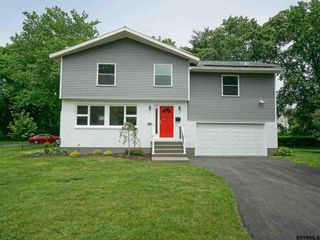 4 Orbit Cir, Latham, NY
