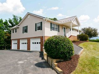 217 Green Hills Ln, New Market, VA