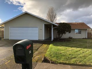 302 NE Plymouth Cir, Corvallis, OR