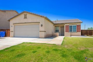 1209 N Cherry Ave, Heber, CA