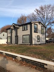 18 Harriet Ave, Hempstead, NY