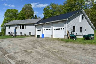 2080 Dexter Mountain Rd, Glover, VT