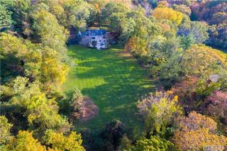 121 Lawrence Hill Rd, Cold Spring Harbor, NY