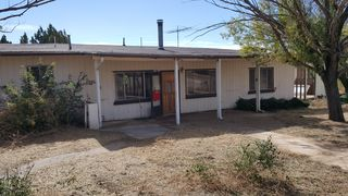 7 Bridle Rd, Santa Clara, NM