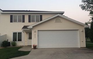 2533 S 40th St, Grand Forks, ND
