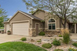 702 E 70th Pl, Sioux Falls, SD