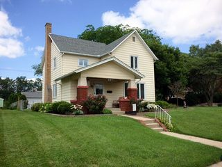 309 E South St, Winchester, IN