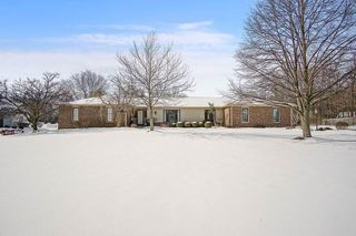 10529 Hickory Tree Rd, Fort Wayne, IN