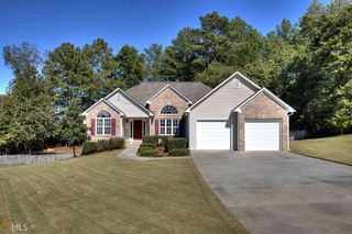150 Washington Street Southeast, Calhoun GA