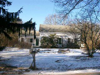 529 Cooper Hill Road, Mapleville RI