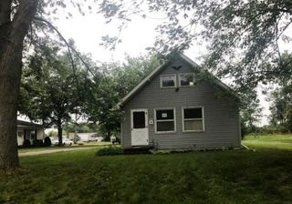 207 Railroad St, Wakarusa, IN