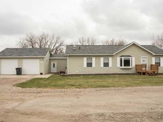 105 1st Ave, Washburn, ND