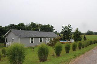 25 White Road, Nelsonville OH