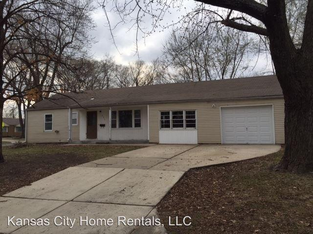 325 S Central St Olathe Ks 66061 3 Bed 1 Bath Single Family