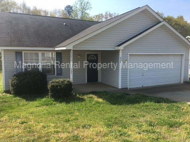 842 Damson Plum Ct Spartanburg Sc 29301 3 Bed 2 Bath Single