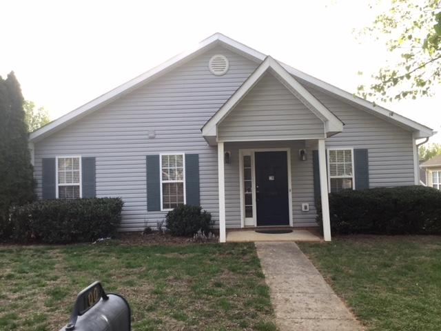 100 Charlotte Ct Winston Salem Nc 27103 2 Bed 2 Bath Single