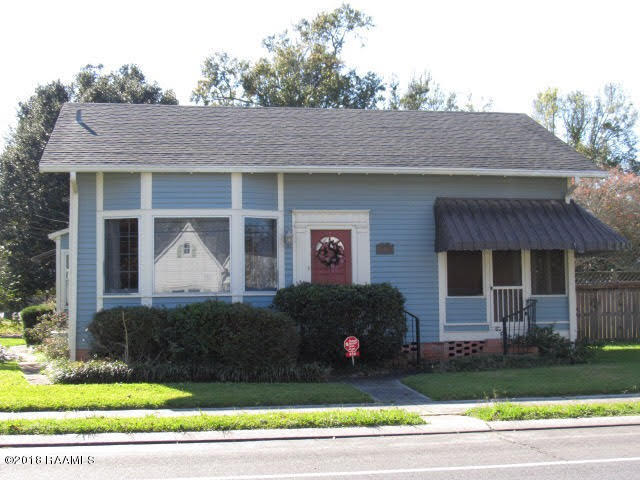 414 S Main St, Breaux Bridge, LA 70517