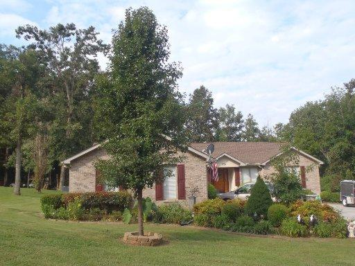 329 Fallen Oak Cir, Seymour, TN 37865 - 3 Bath Single-Family