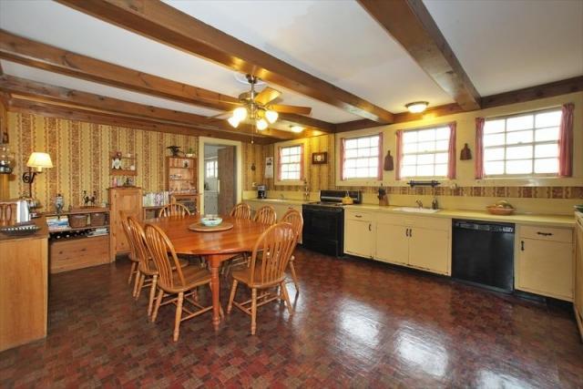 Who lives at 425 Park St, Montclair NJ | Rehold