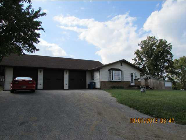 923 S 1st St , Boonville IN