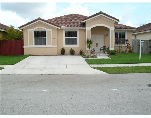 8045 NW 198th Ter , Hialeah FL