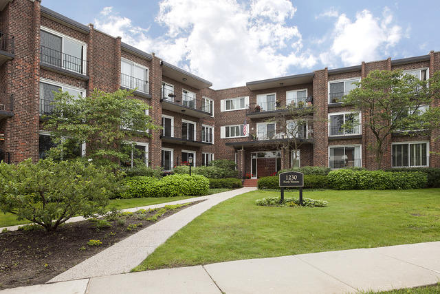1230 N Western Avenue #202, Lake Forest IL