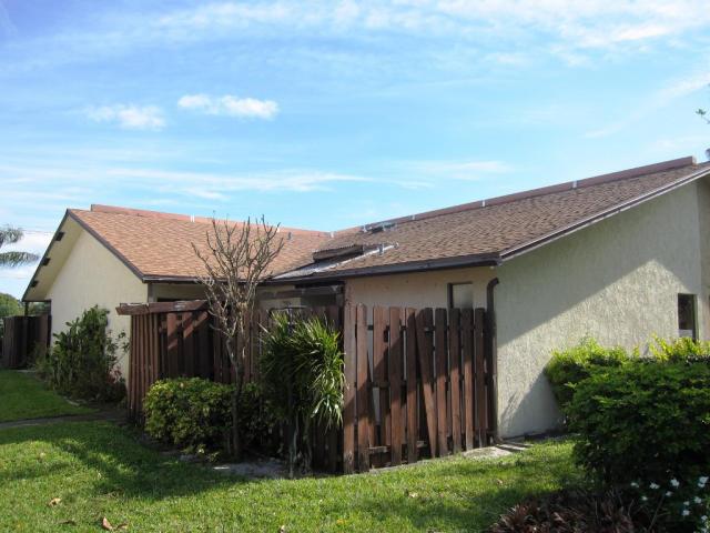 1501 Waterview Cir , Palm Springs FL
