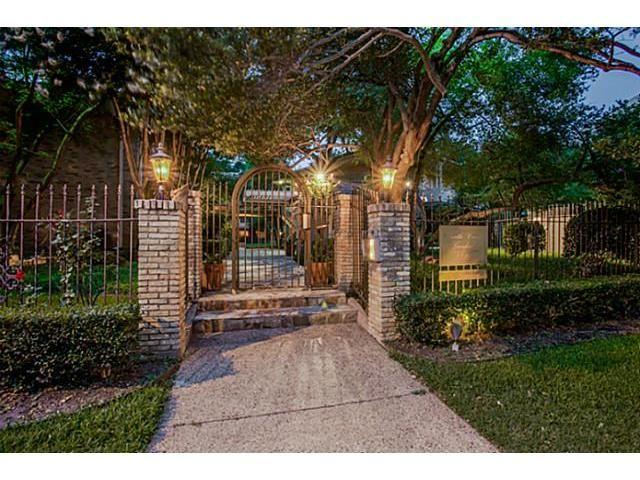 2525 Turtle Creek Blvd #305D