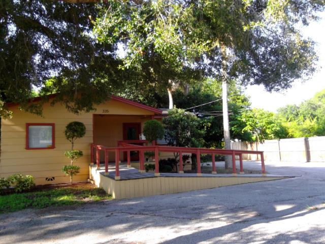 335 Hibiscus Ave , Merritt Island FL