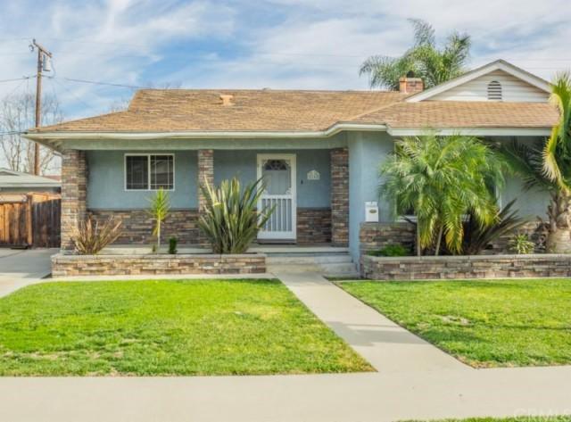 2162 Vuelta Grande Avenue, Long Beach CA