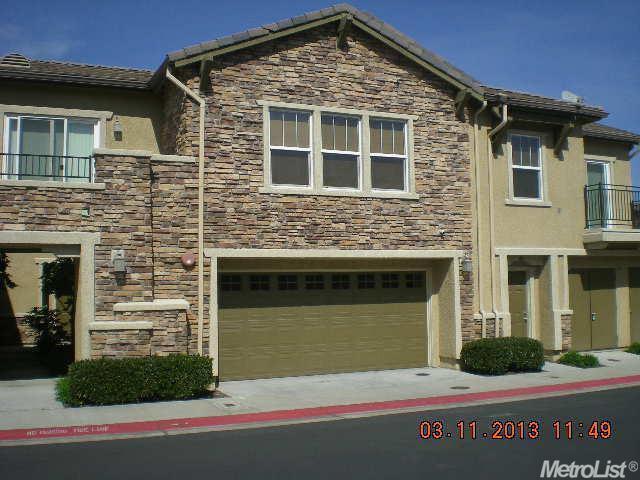 3301 N Park Dr , Sacramento CA