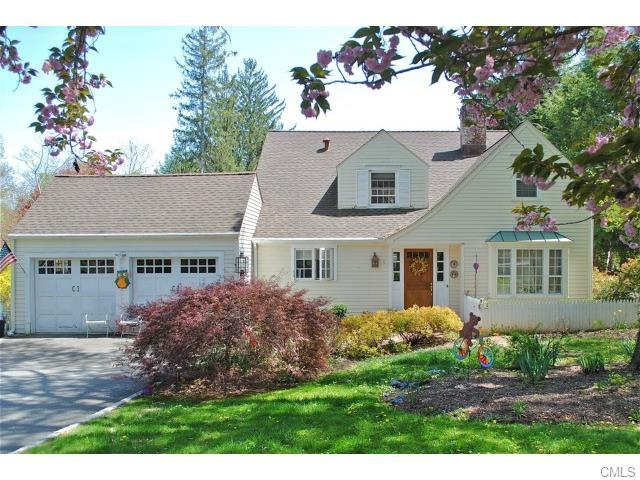 8 Sport Hill Parkway, Easton CT