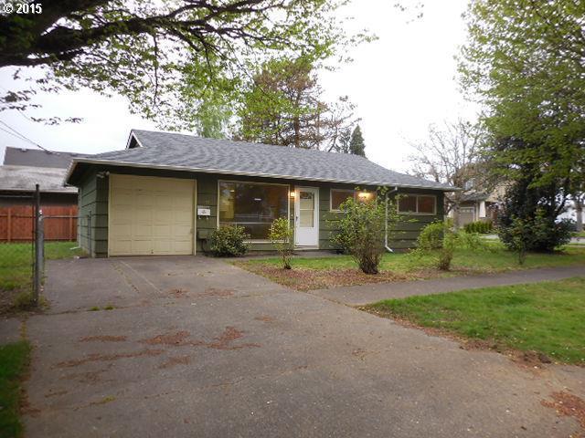 Awe Inspiring 10237 N Oregonian Ave Portland Or 97203 3 Bed 1 Bath Home Interior And Landscaping Mentranervesignezvosmurscom