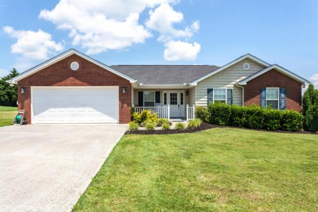 109 Woodsman Trl, Seymour, TN 37865 - 2 25 Bath Single