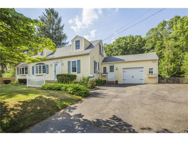 383 Hilliard St, Manchester, CT 06042 - Estimate and Home Details ...