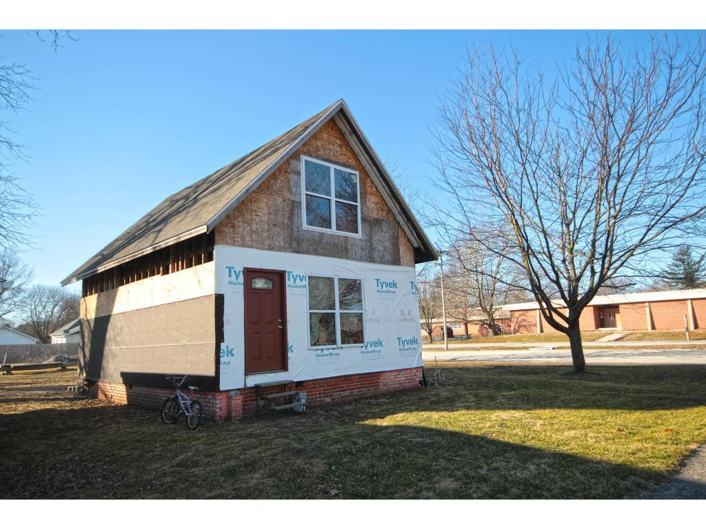 206 E Lincoln St, Blue Mound, IL 62513 - Estimate and Home Details ...