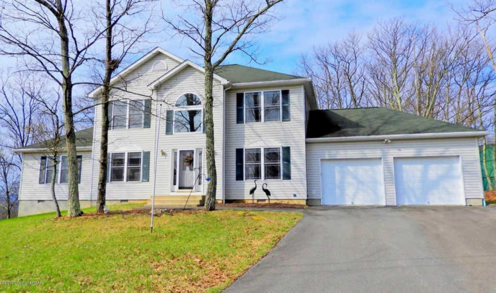 355 Clicko Ln East Stroudsburg Pa 18301 4 Bed 25 Bath Single