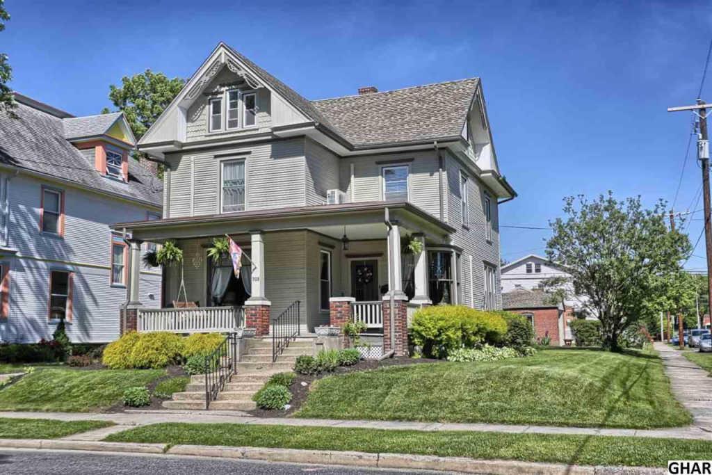 703 3rd St New Cumberland PA 17070