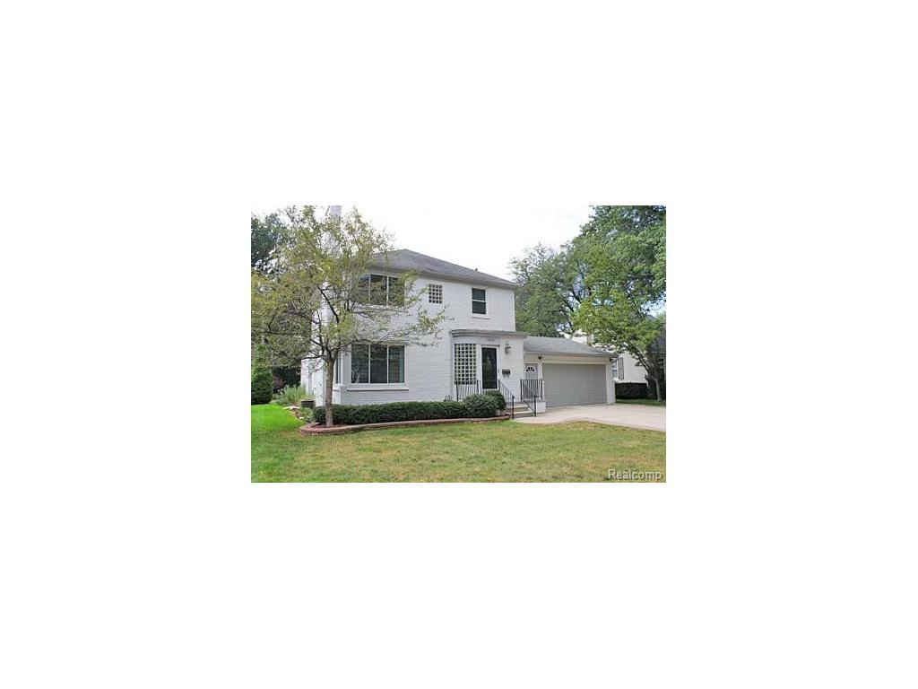 1075 Hawthorne Rd For Rent - Grosse Pointe Woods, MI | Trulia