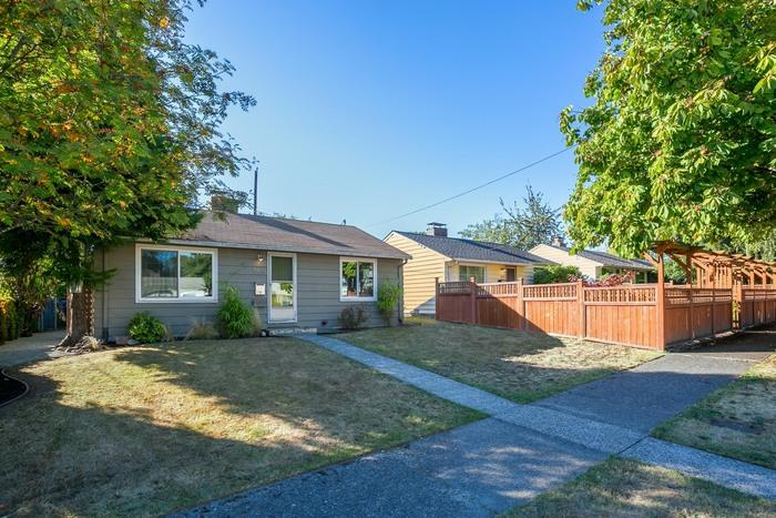 5515 21st ave s seattle wa 98108 for rent trulia