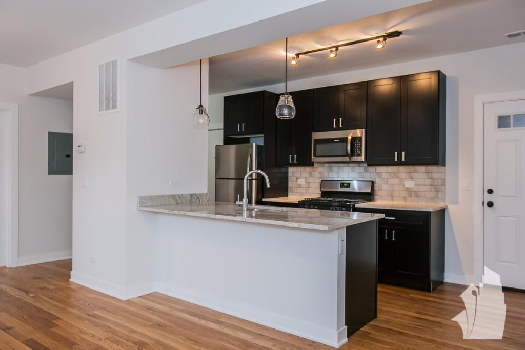 2223 W Eastwood Ave Chicago Il 60625 For Rent Trulia