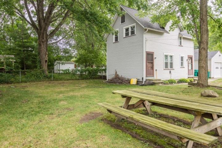 37849 2nd St Willoughby Oh 44094 10 Photos Trulia