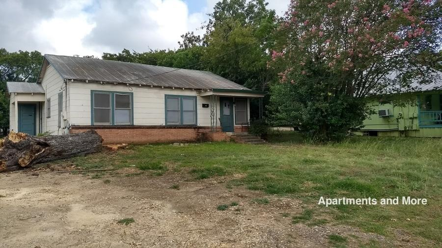 1326 w hopkins st for rent san marcos tx trulia