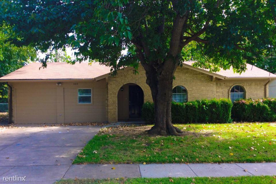 440 NW Jayellen Ave For Rent - Burleson, TX   Trulia
