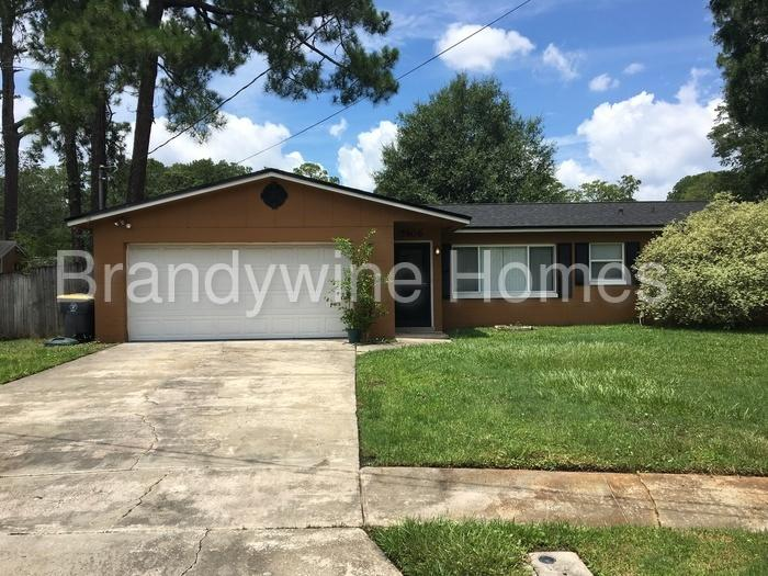 5906 Marty Ct