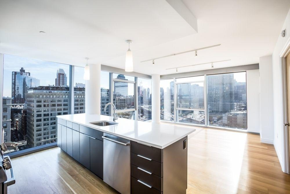 60 Water St 1400