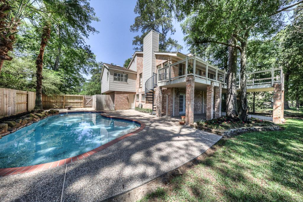 112 S Timber Top Dr The Woodlands Tx 77380 4 Bed 2 5 Bath