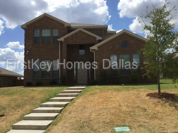611 Canvas Ct Lancaster Tx 75146 4 Bed 2 Bath Single Family