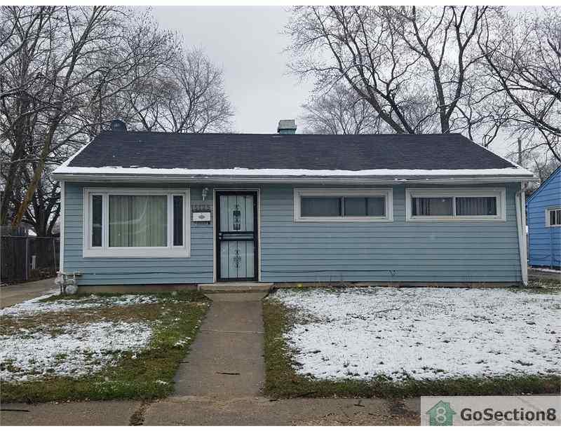 15125 Lincoln Ave, Harvey, IL 60426 - 3 Bed, 1 Bath Single-Family